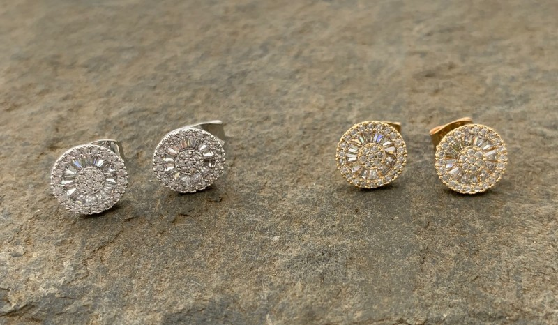 Stud earrings circle diamonte silver or gold