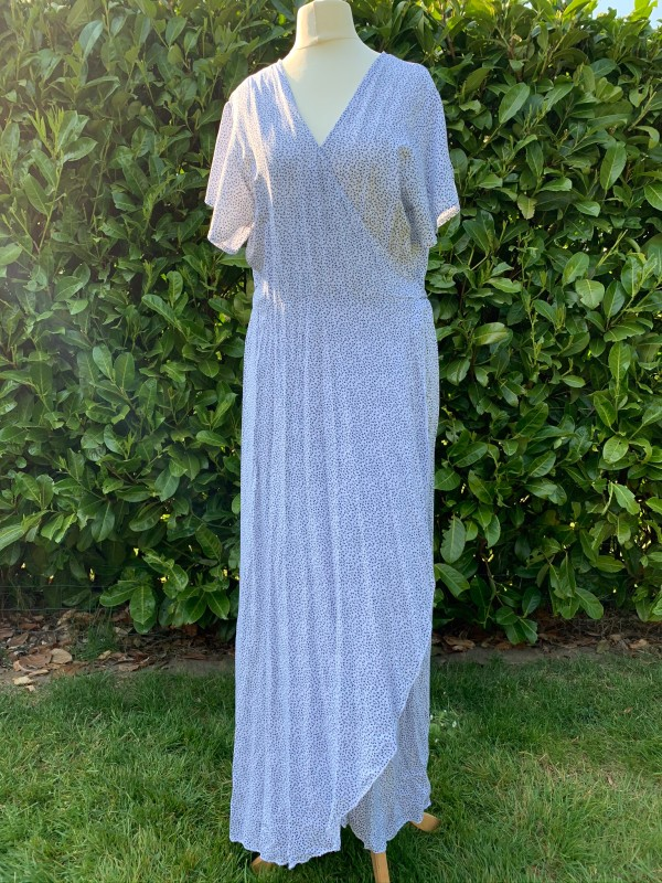 MSH wrap dresses white and blue sprigs