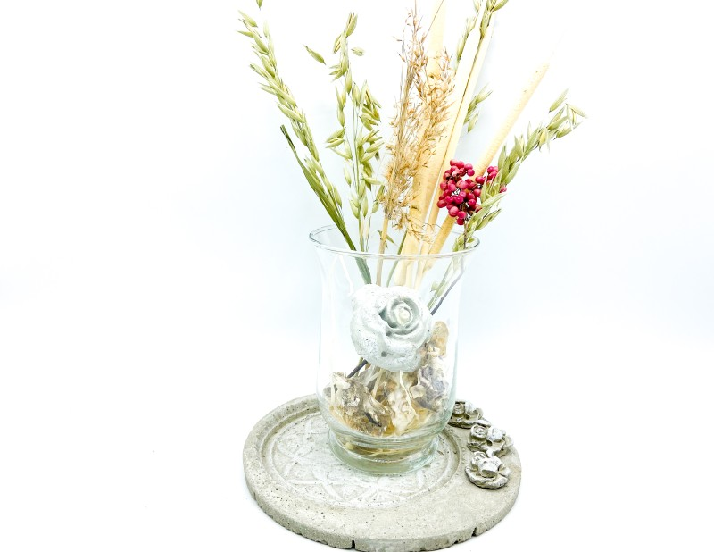 """Betonteller Ornament """"La Rose"""""""