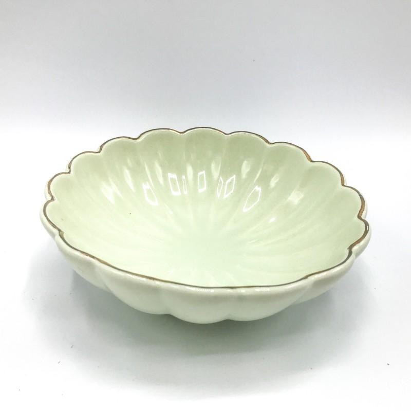 GREENGATE Lotus pale green w/ goldrim