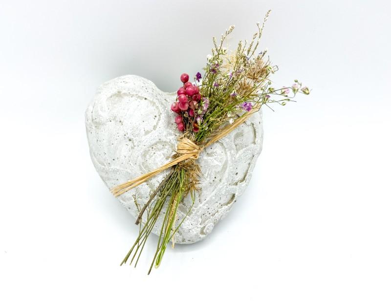 """Betonherz """"Shabby-Floral"""""""