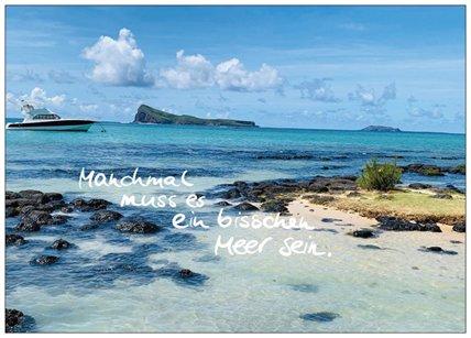 """Postkarte """"Manchmal muss es ein bisschen Meer sein"""""""