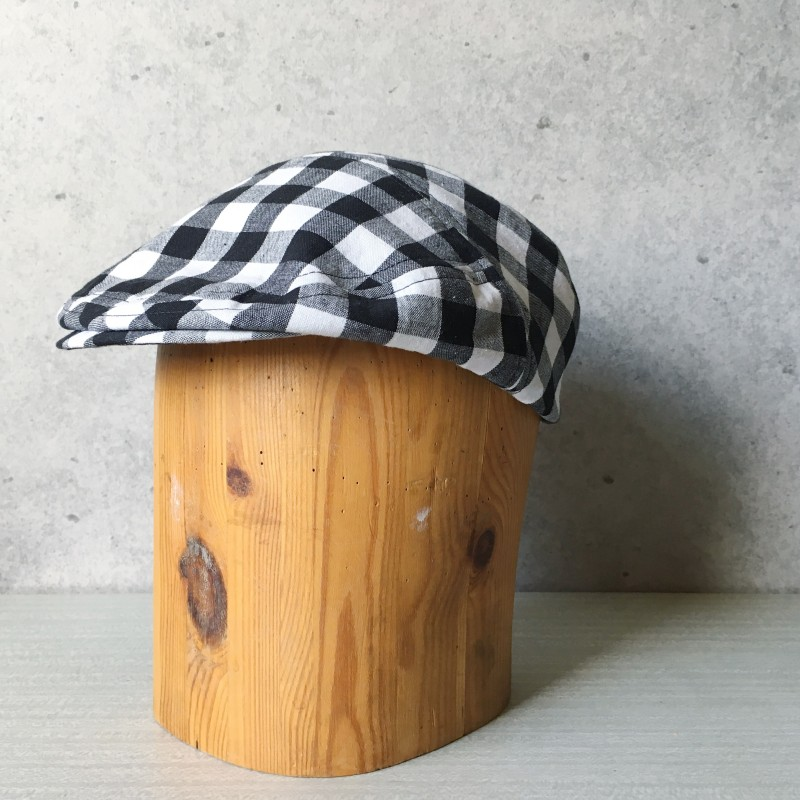 Flat Cap Black & White
