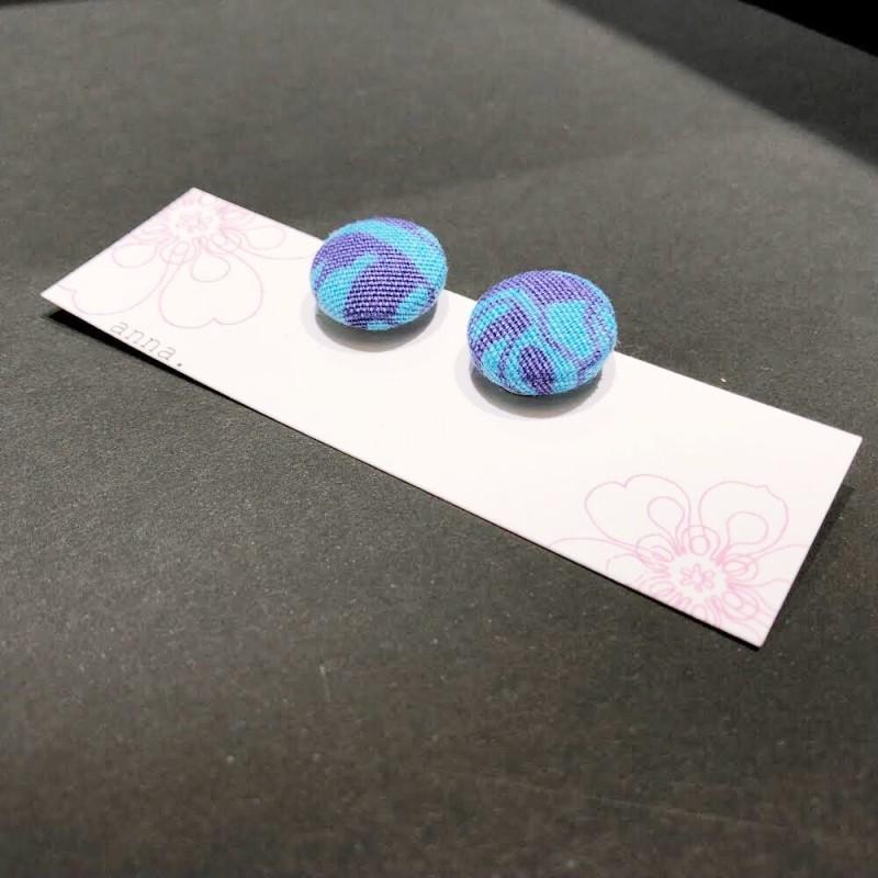 anna. earrings blue flower