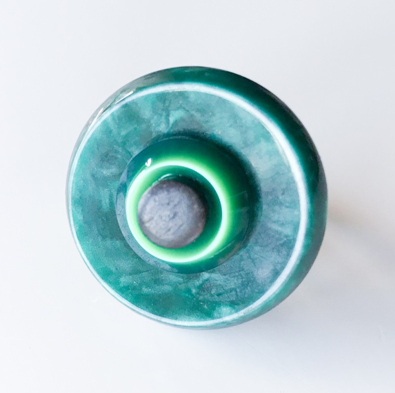 Buttons on a ring Jade