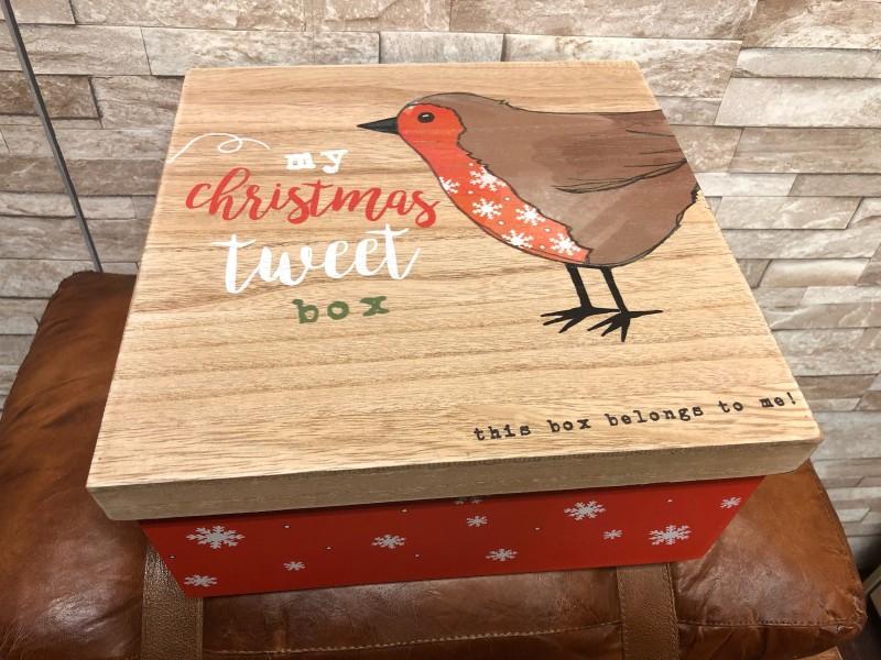 Christmas Eve Tweet Box