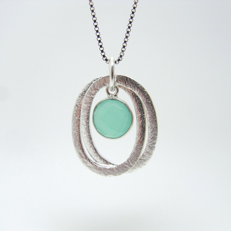 Linked Oval Necklace with Semi-Precious Stone