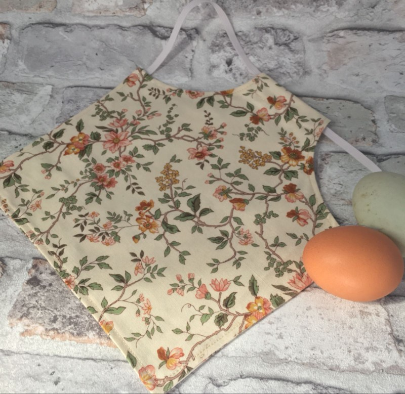 Vintage Floral Chicken Saddle