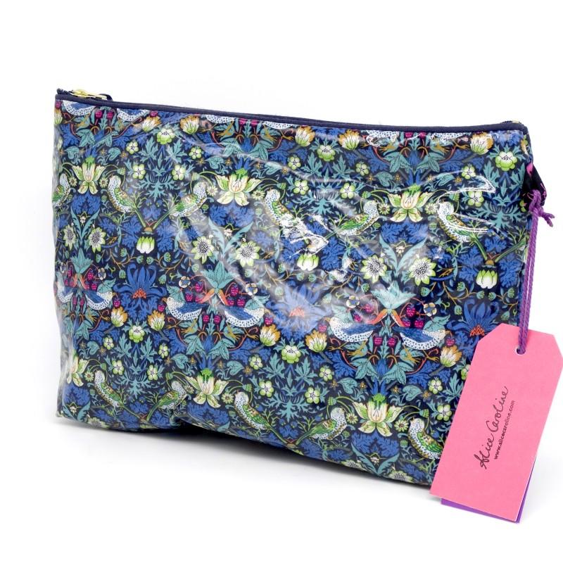 Wash bag - strawberry blue