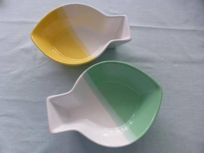 Two-tone fish bowls