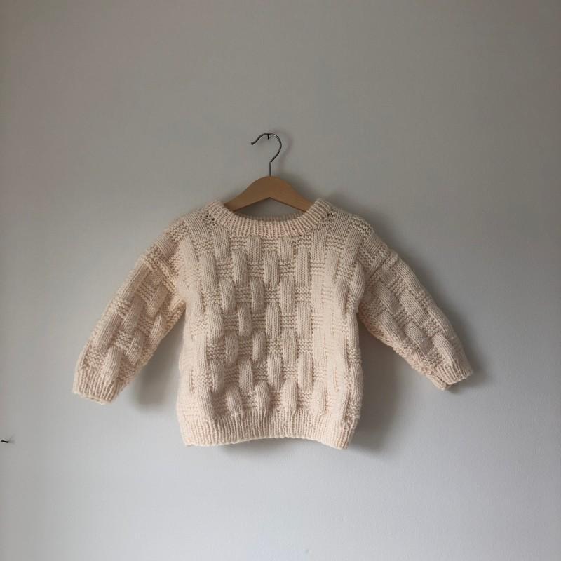 Stickad tröja (2-3 år)
