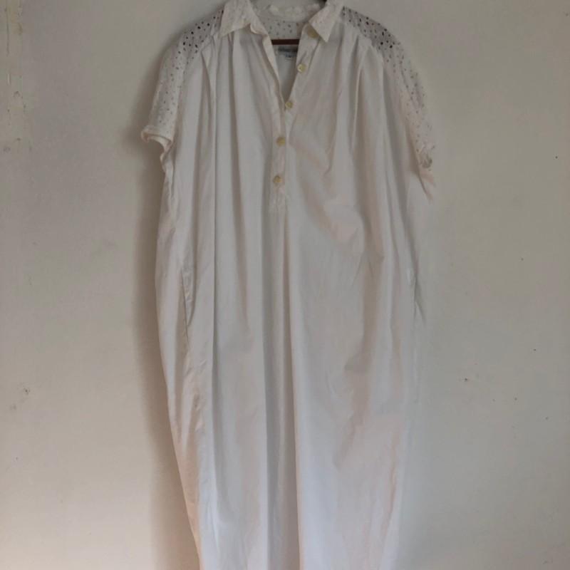 Skjortklänning (M)