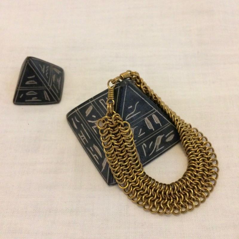 Irth Samaka Linked Brass Bracelet