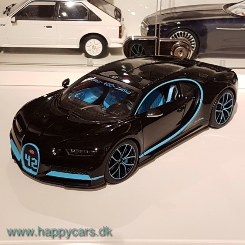 1:18 Bugatti Chiron Zero 400, Montoya, 2016, Bburago