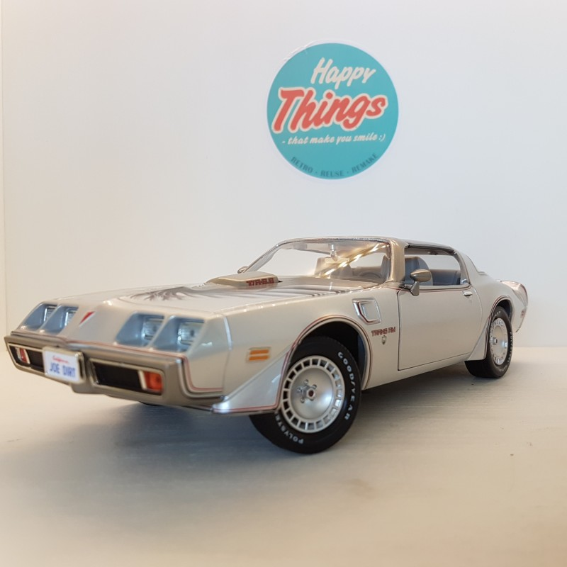 1:18 Pontiac Firebird Trans Am Coupe, Joe Dirt, Greenlight