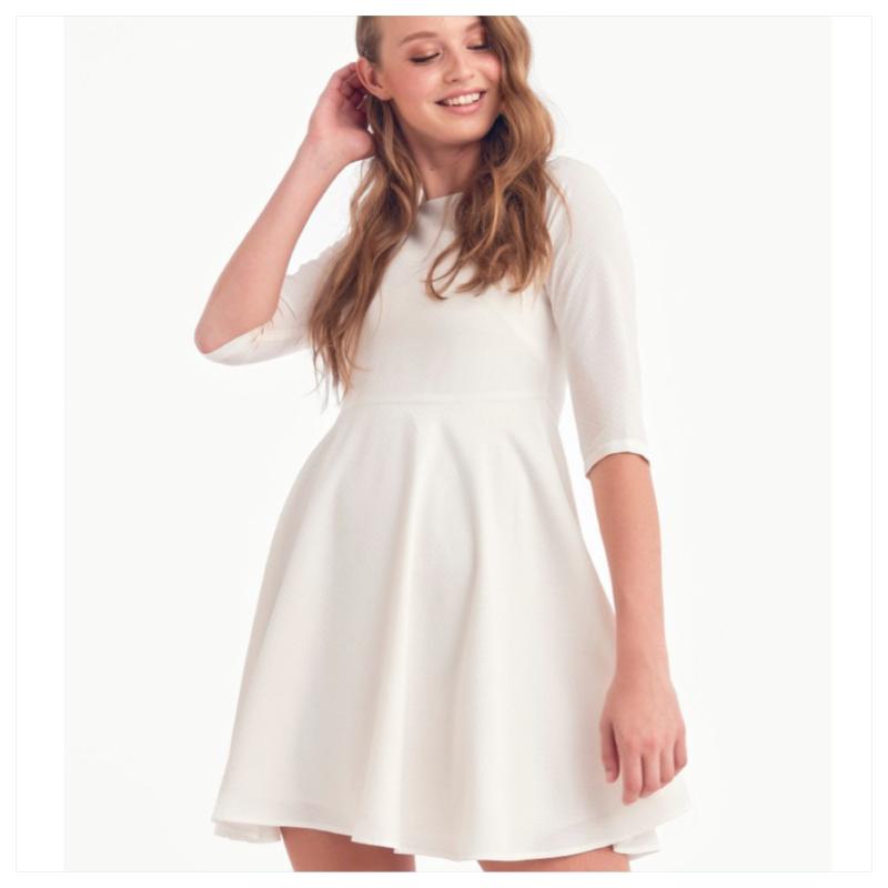 Beliza, enkel - hvit kjole fra Dry Lake