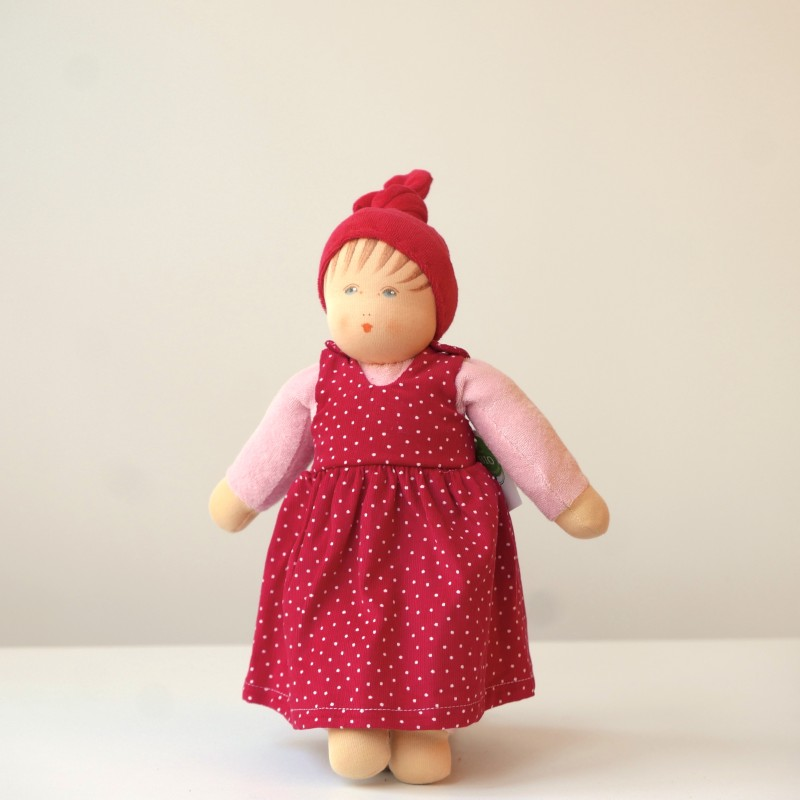 Nanchen - Dukke med rød lue