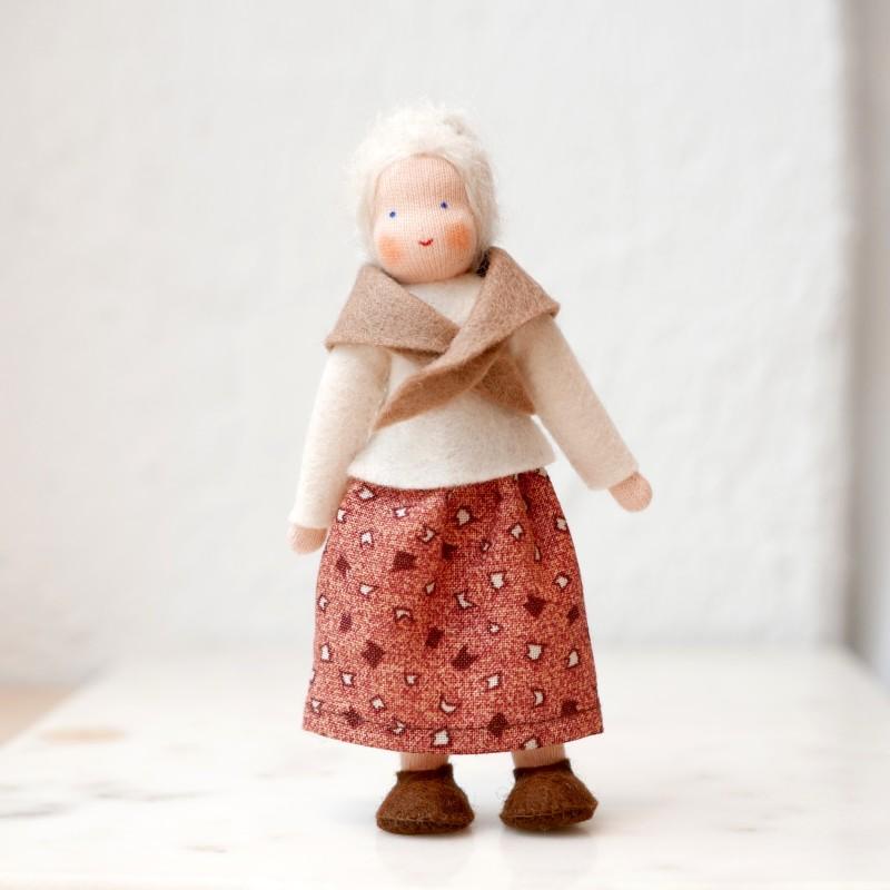 Bestemor til dukkehus