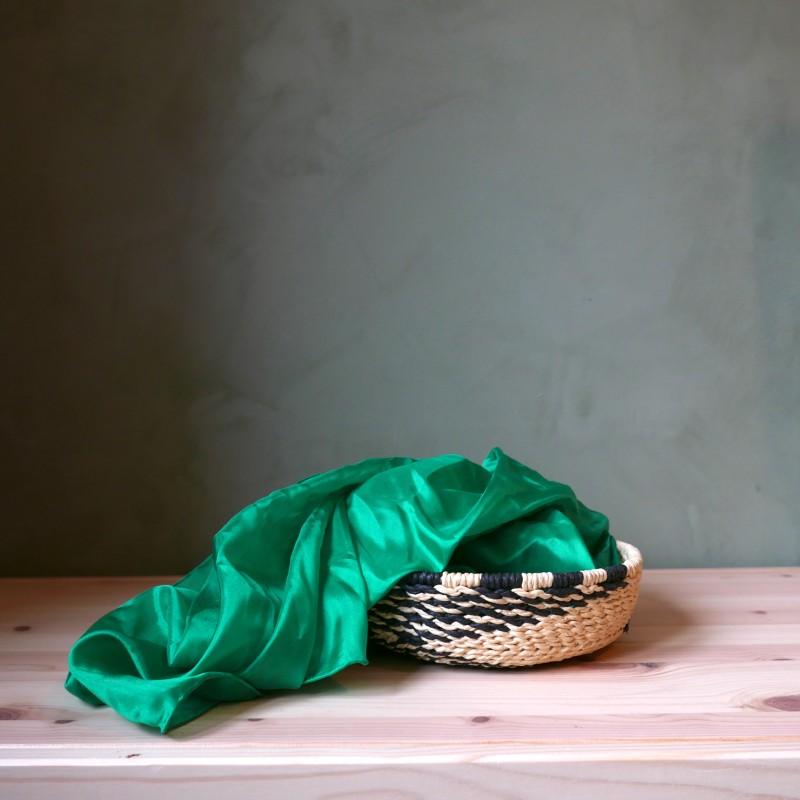 Smaragd lekesilke ensfarget 86cm