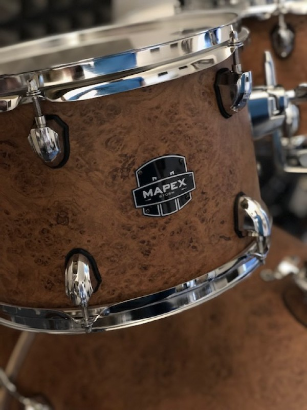 Mapex Storm Rock Fusion drum-kit in Camphor wood grain