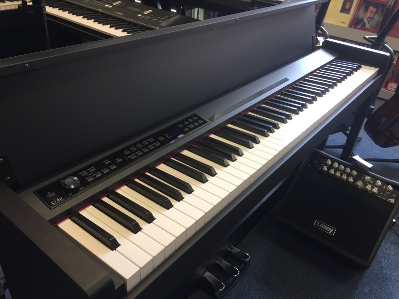 KORG C1 AIR-BK PIANO + WIRELESS MIDI