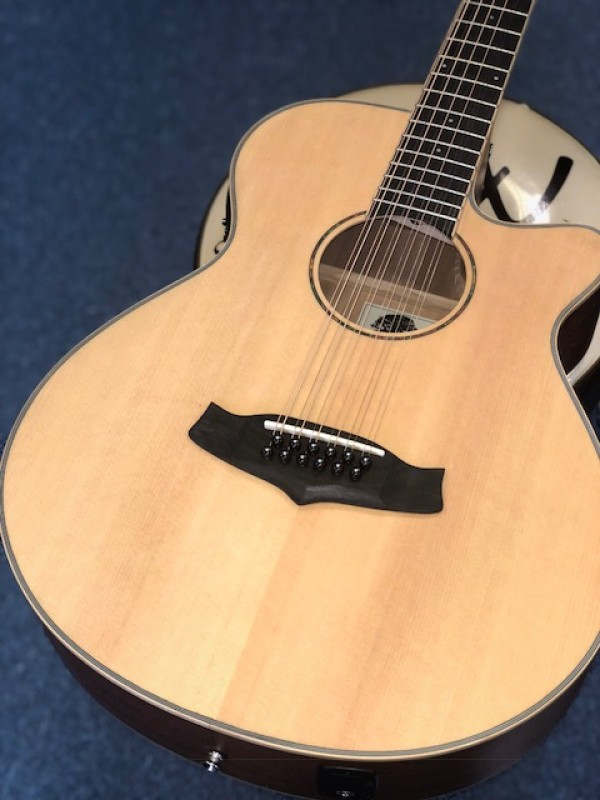 TANGLEWOOD WINTERLEAF 12 STRING CUT SPR TOP MAH B&S NAT SAT + EQ SSP TW 12 CE