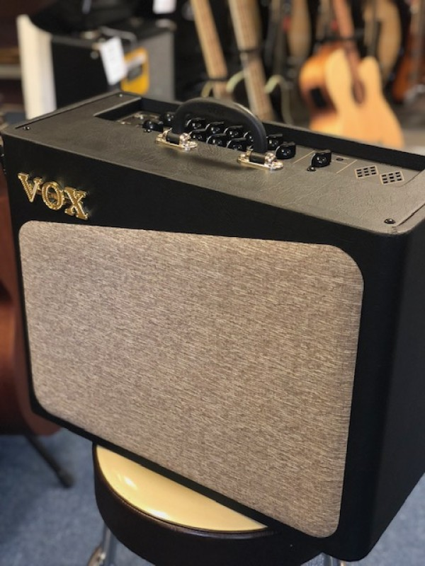 Vox AV-30 Analogue Valve Amp