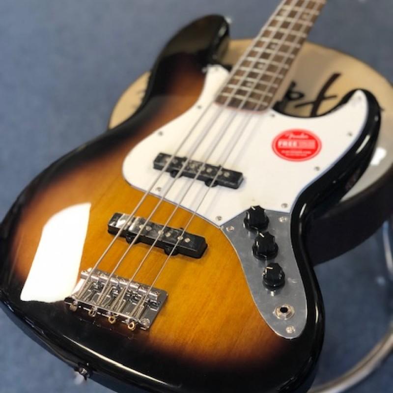 Fender Squier Affinity Jazz Bass in brown sunburst