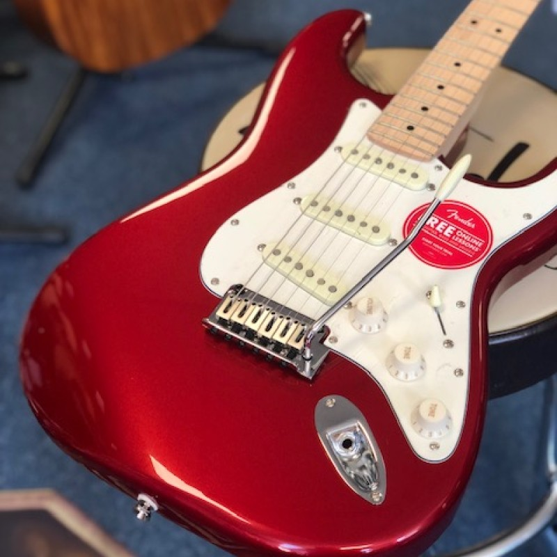 Squier Standard Strat Candy Apple Red