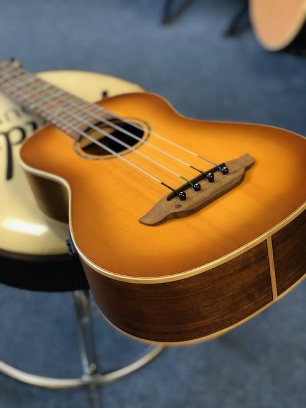 Luna bass/baritone ukulele high tide electro