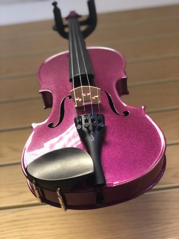Stentor Harlequin 1401 1/2 size violin in pink