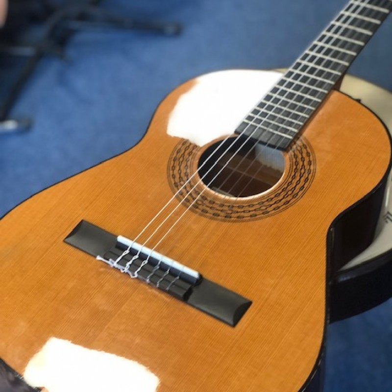 Admira Infante classical 3/4 size guitar (second hand)