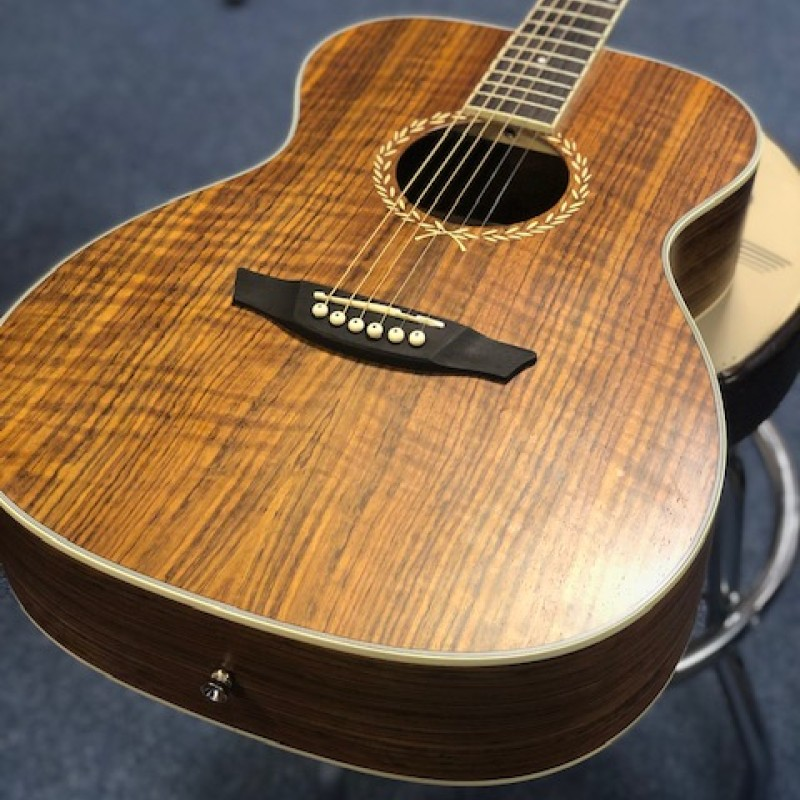 Freshman Renegade Walnut OM Acoustic w/ Case