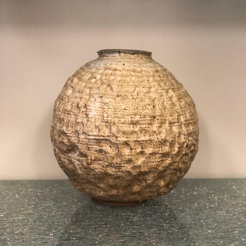 Ceramic vase by Lisa Hartvig Ericsson