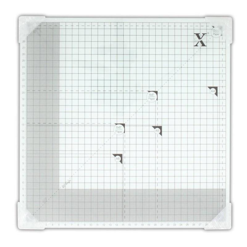 Xcut - 13x13
