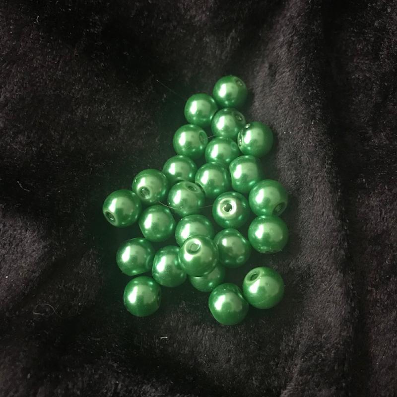 Gröna vaxade glaspärlor