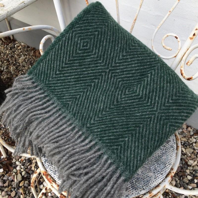 Mørk grøn uldplaid 140 cm x 240 cm