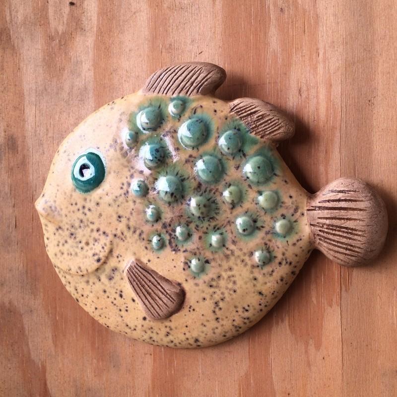 Fisk, sandfarvet kuglefisk. 22cm