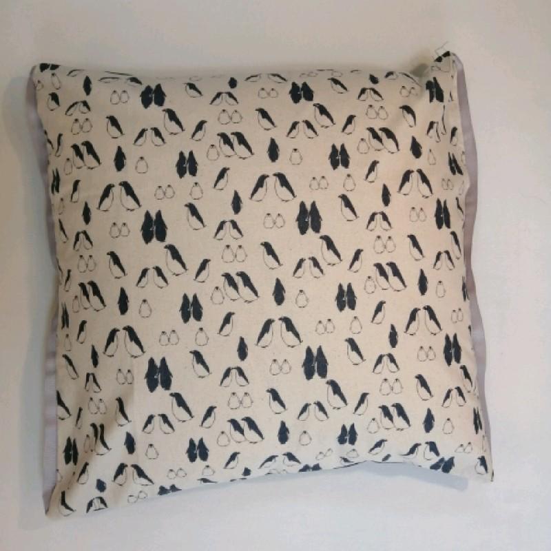 Cushion - Penguins