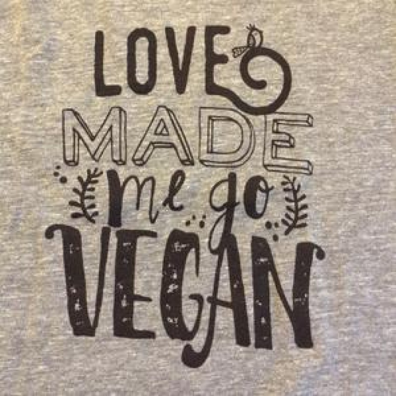 T-shirt Love Made me go Vegan