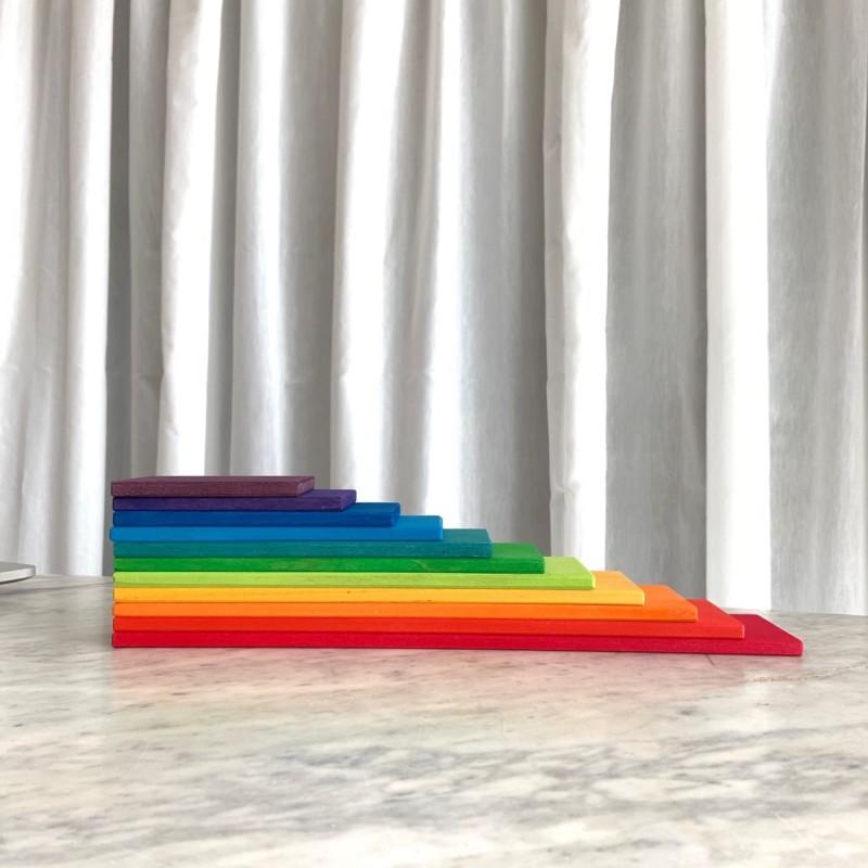 Planker i Regbuefarger