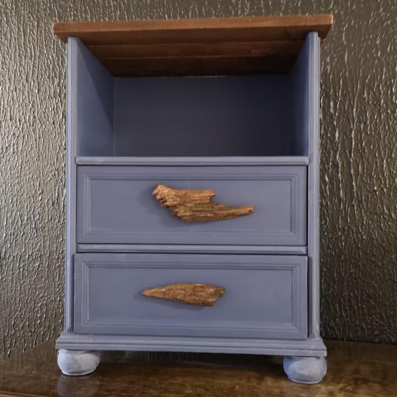 Blått sängbord