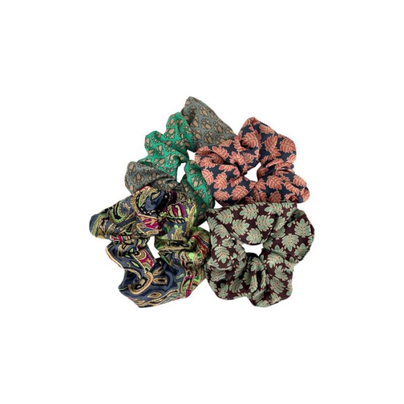 Black Colour - LUNA scrunchies