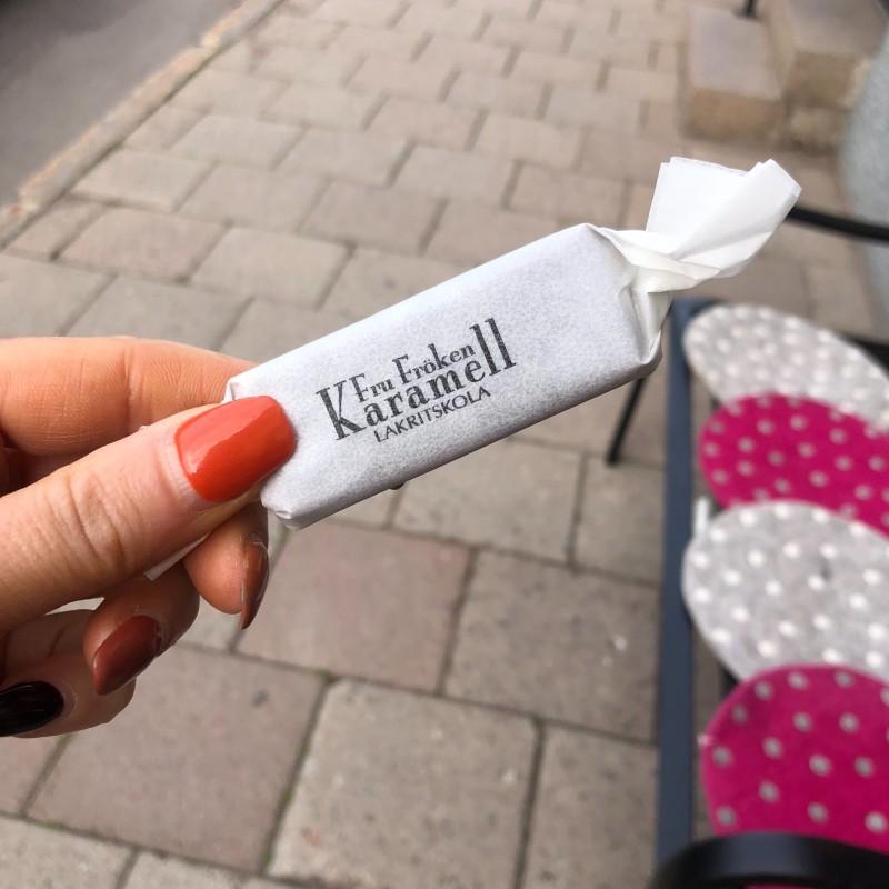 Fru Fröken Karamell - Saltlakritskola