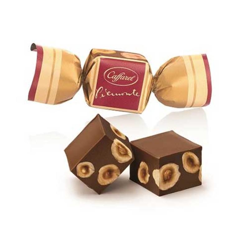 Caffarel - Mörk chokladpralin med hasselnöt