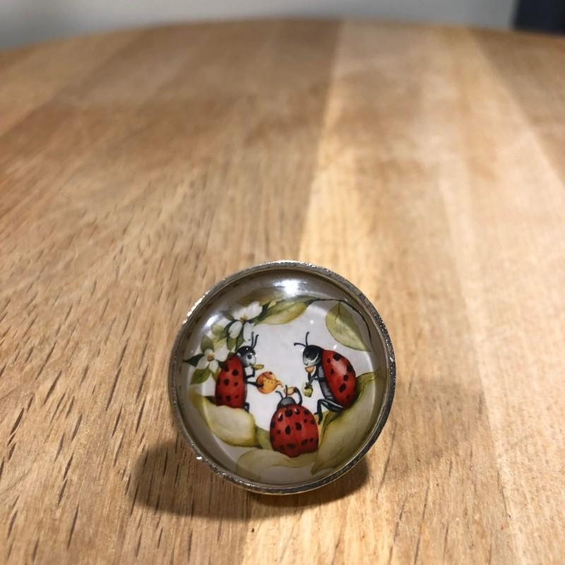 BonnieDeluxe - Ring fikande nyckelpigor