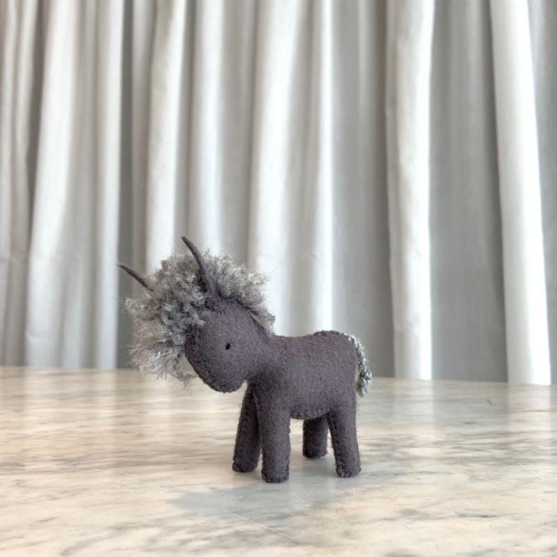 Esel i filt
