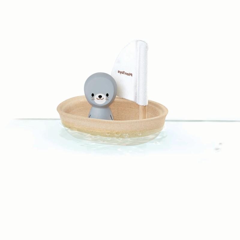 Plan Toys - sailing Boat - Seal