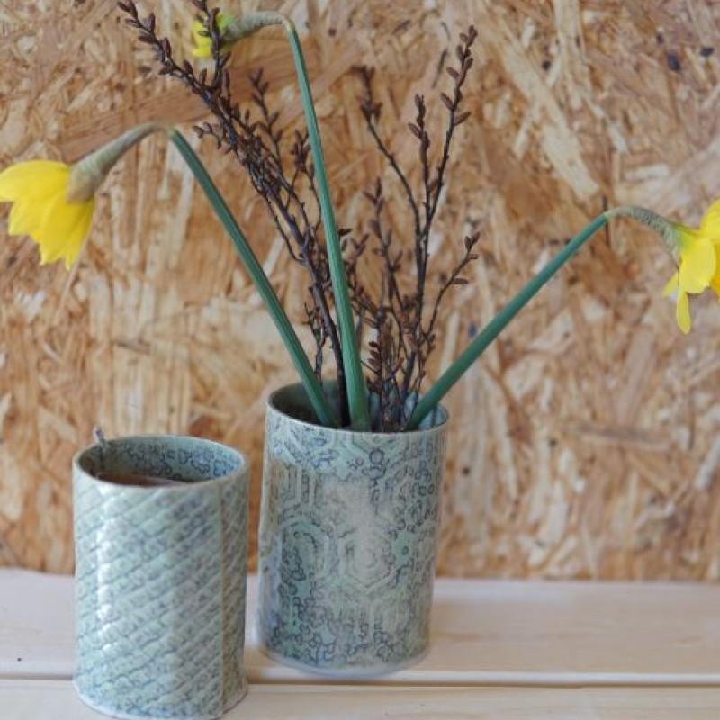 Keramik vaser med grøn mønster