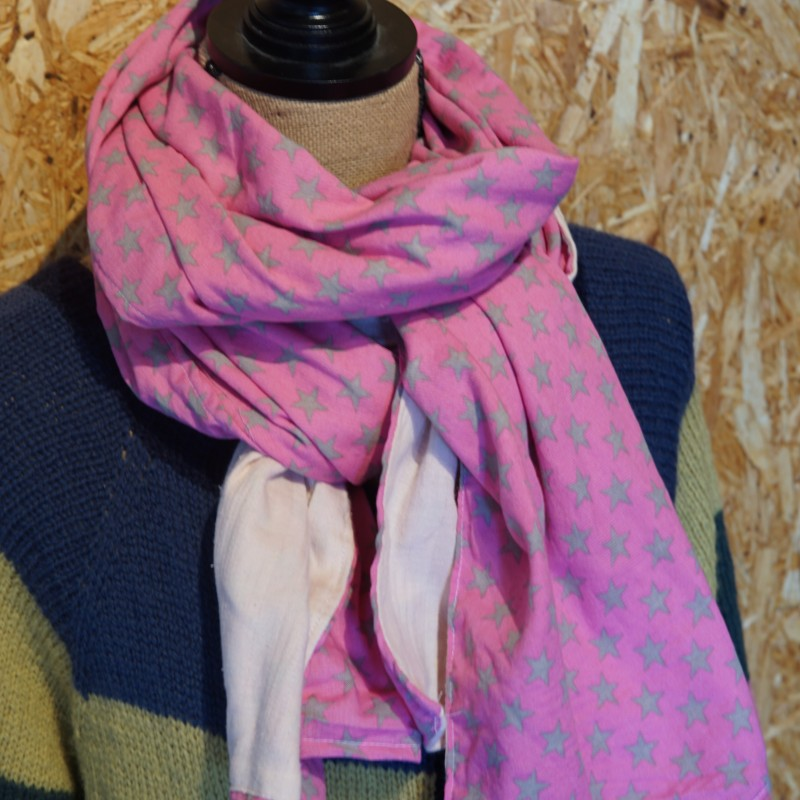 Dobbelt tørklæde i lyserød og pink